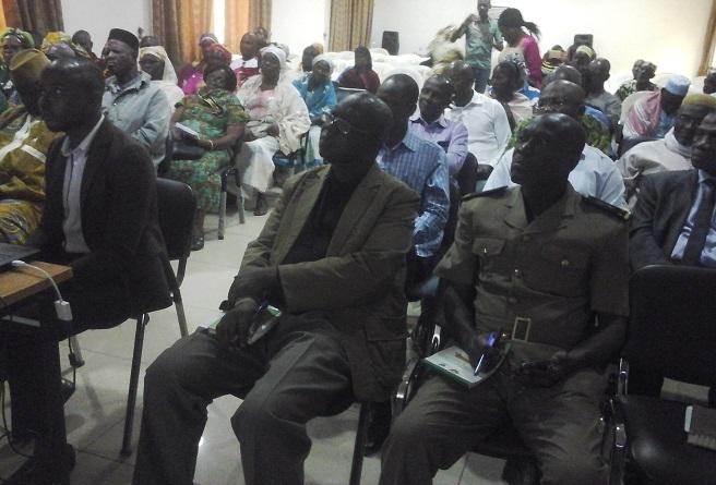 Le public a suivi avec intérêt la présentation du projet de Korhogo