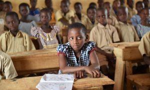 enseignants-école primaire-éducation-classe-élèves