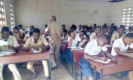 classe - DECO - examens