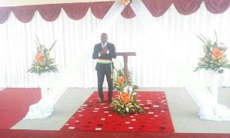 Le maire de Songon, Éric N'Koumo Mobio
