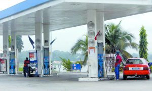 Station-service-abidjan-carburant