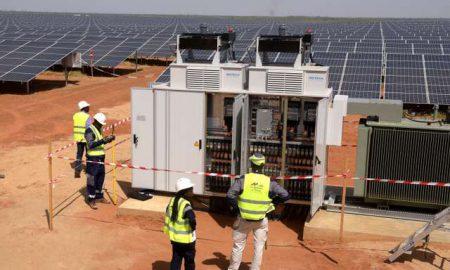 energies-solaires-sahara-panneaux-electricité