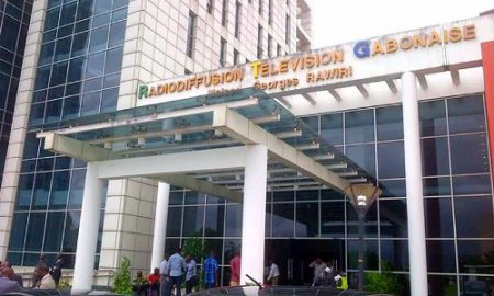 gabon-television-media-suicide-immeuble