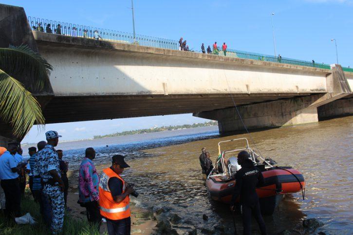 véhicule tombé dans la lagune, les recherches se poursuivent