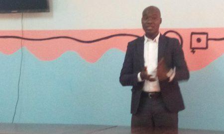 Candidat indépendant aux élections municipales à Ferkessédougou, Ouattara Fiyassori, 36 ans, étudiant, a expliqué son programme de société aux enseignants