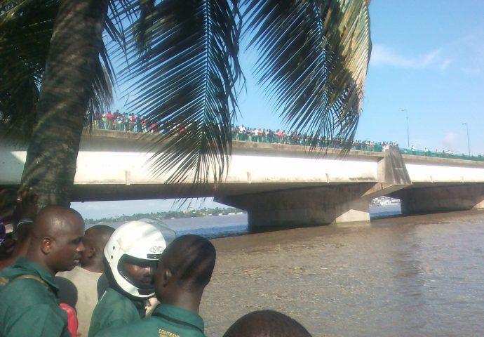 pont de Gaulle - Plateau-Treichville - accident-lagune