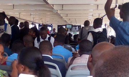 STL-bateau-bus-navigation-SOTRA-transports