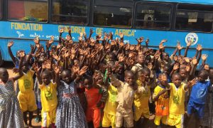 bibliobus-Tafiré- Children of Africa