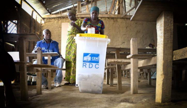 Les bureaux de vote ouverts pour la présidentielle et les