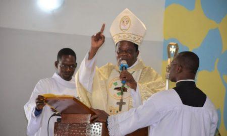 Mgr-Alexis-Touabli-Youlo-catholique-messe-religion