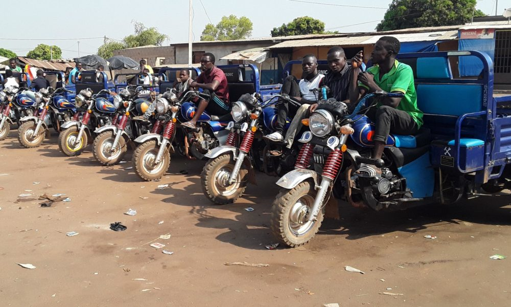 tricycles-Bouna-taxis
