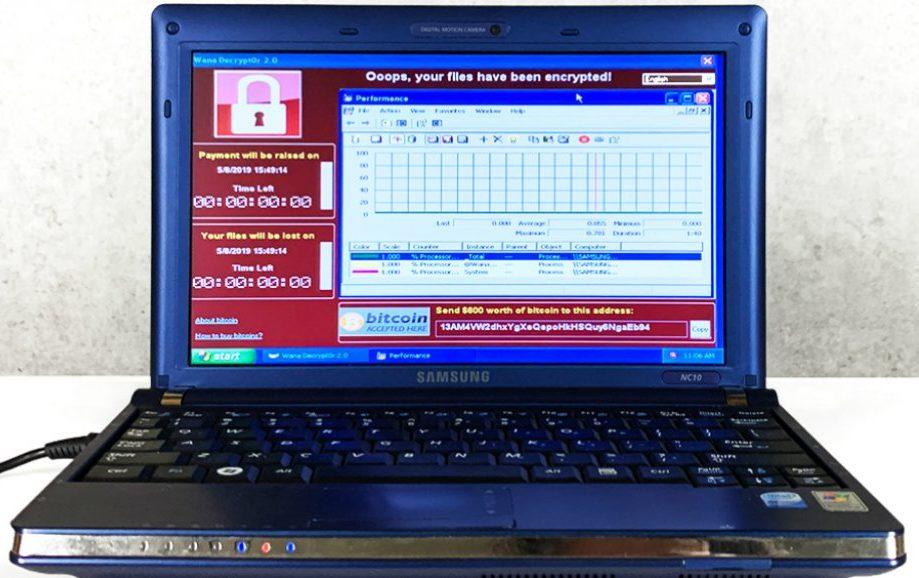 virus-informatique-technologie-samsung-data-insolite