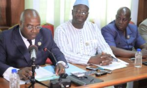 POINT-PRESSE-GROUPES-PARLEMENTAIRES-OPPOSITION-0002-pdci-rda-politique-cei-olivier-akoto-yao