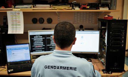 photo-d-archives-d-un-gendarme-de-la-brigade-de-repression-de-la-cybercriminalite-le-21-fevrier-2011-dans-les-locaux-de-la-gendarmerie-de-dijon_6011298