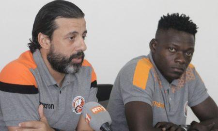 entraineur-jani-tarek-et-capitaine-kouassi-crepin-2