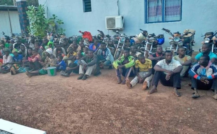 Plus de 50 personnes ayant contourné un poste-frontière dans le nord ivoirien interpellées
