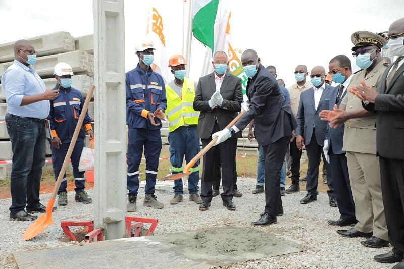 La Côte d'Ivoire a atteint une couverture d'électricité de 73% en mai et vise 80% à fin 2020