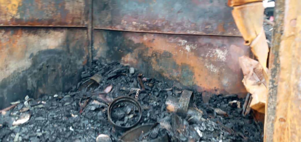 une quarantaine de box consumée dans un incendie au grand marché d'Abobo