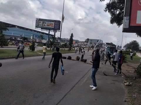 Des manifestations contre le retrait de Gbagbo de la liste électorale dispersées par la police