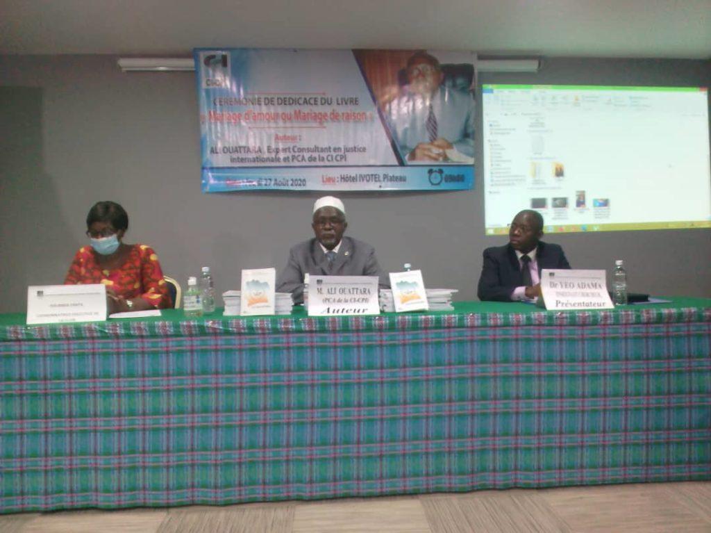 Présentation d'un livre sur la CPI pour promouvoir la lutte contre l'impunité en Côte d'Ivoire