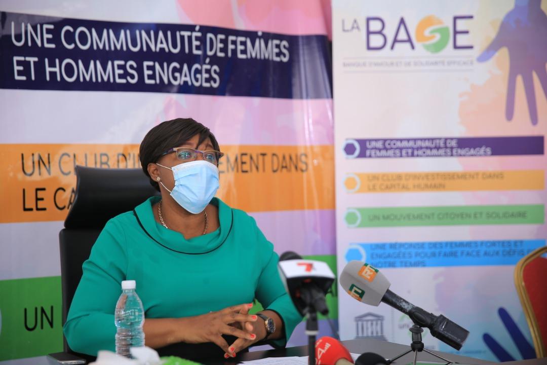 la BASE, mouvement citoyen apporte son assistance aux malades de la Covid-19