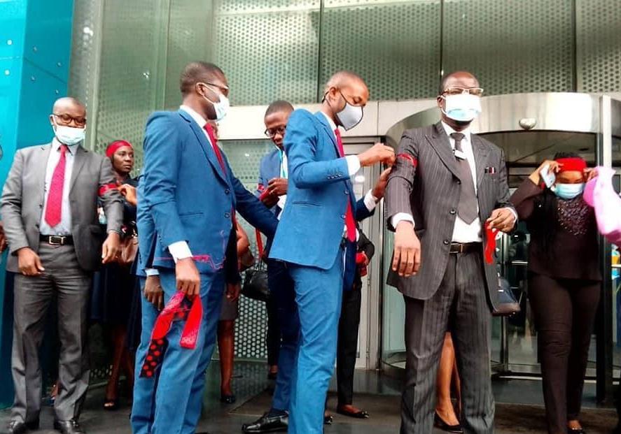 Des agents de Ecobank Côte d'Ivoire en grève pour protester contre une réduction de primes 2