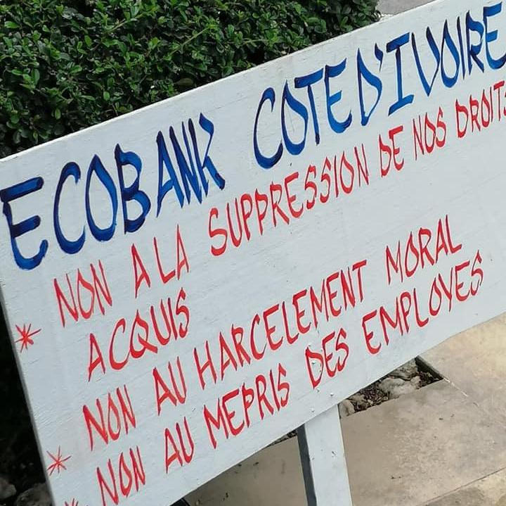Des agents de Ecobank Côte d'Ivoire en grève pour protester contre une réduction de primes