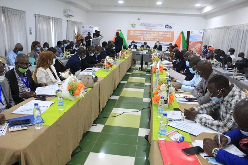 Ouverture à Bassam d'un atelier pour la certification des compétences des travailleurs du secteur informel ivoirien