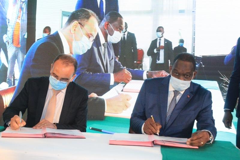 Signature à Abidjan d'un protocole d'accord pour redynamiser la filière rizicole en Côte d'Ivoire