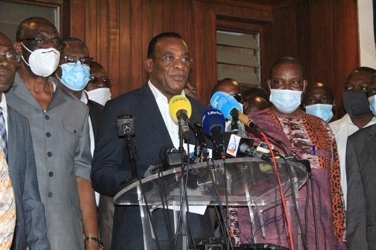 l'opposition crée un Conseil national de transition présidé par Bédié