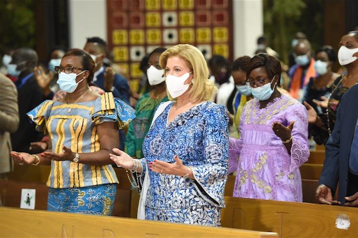 Dominique Ouattara prie pour la paix en Côte d'Ivoire