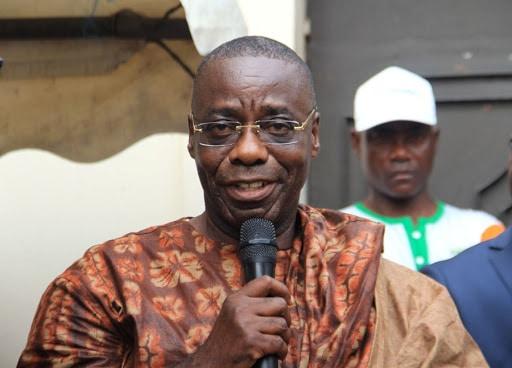 Léon Monnet, cadre FPI, informe Affi de sa mission sur le retour de Gbagbo