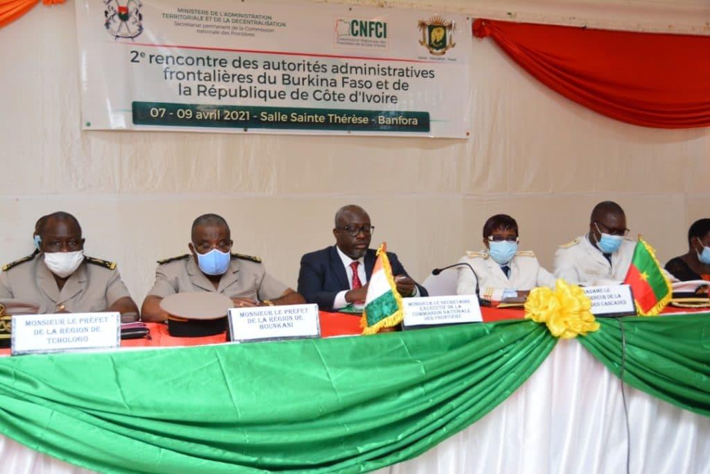 Terrorisme la Côte d'Ivoire et le Burkina Faso renforcent leur coopération