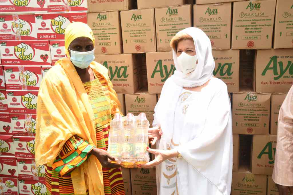 des vivres de la Fondation Chidren Of Africa aux musulmans ivoiriens