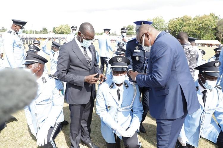 sortie officielle de 133 commissaires de police