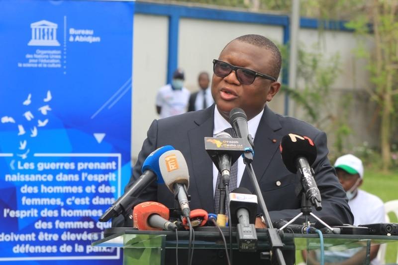 Journaux ivoiriens une réflexion approfondie annoncée sur la distribution