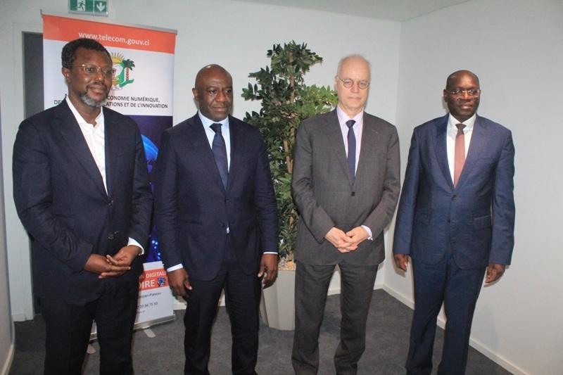 Le gouvernement ivoirien appelle au désenclavement des services de téléphonie