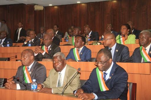 Parlement ivoirien vote d'une loi visant l'annulation du permis de conduire