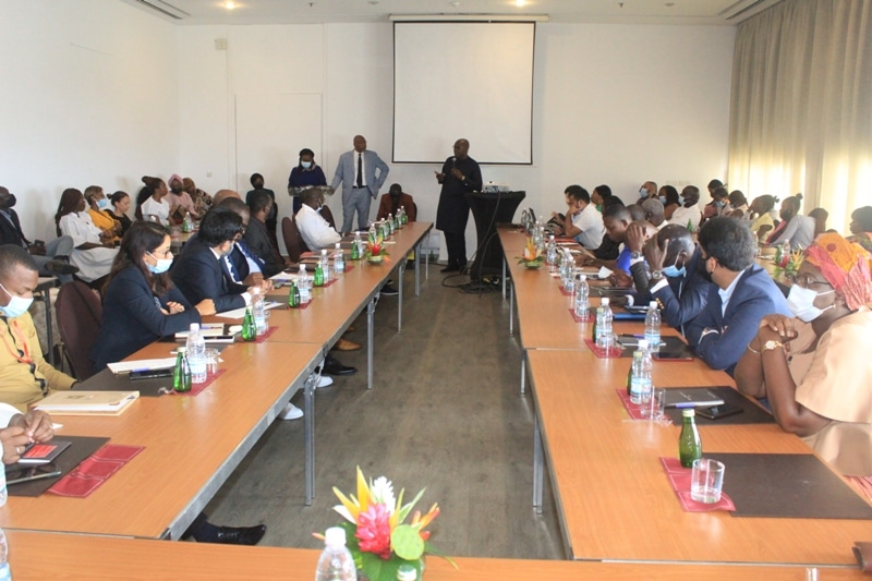 Présentation à Abidjan de la ligne Dakar-New York et Washington
