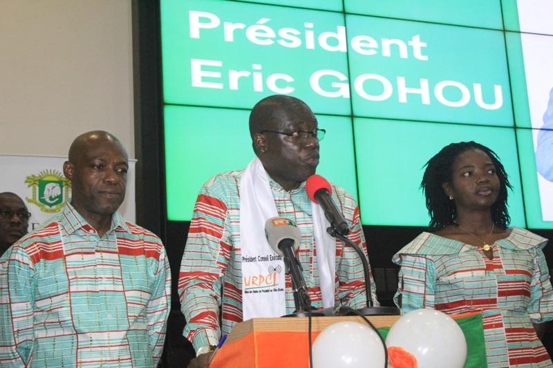 Radios de proximité de Côte d'Ivoire Éric Gohou investi président de l'URPCI