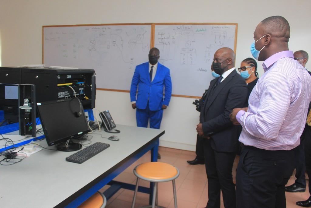 ouverture à Abidjan d'un centre de formation et de certification Pearson Vue