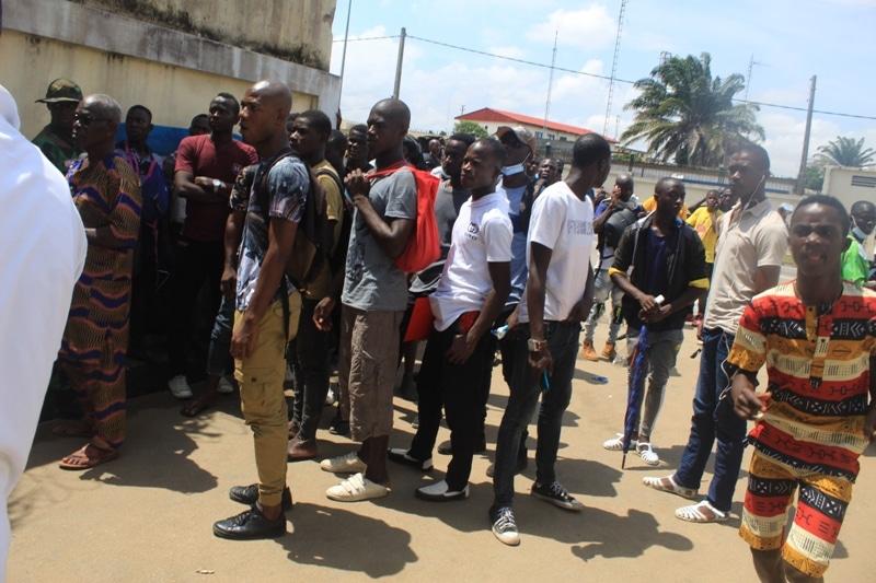La galère des candidats au test de l'armée ivoirienne 2